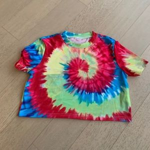 Tie dye cropped tee-shirt, multicolored